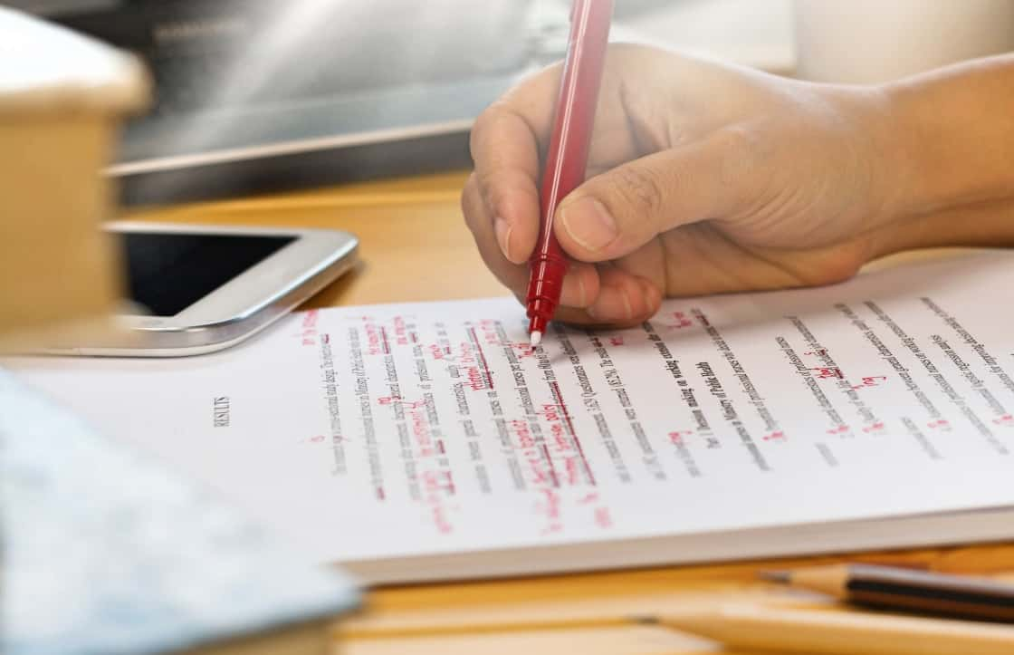 5 Main Features Of A Trustworthy Custom Essay Writing Service