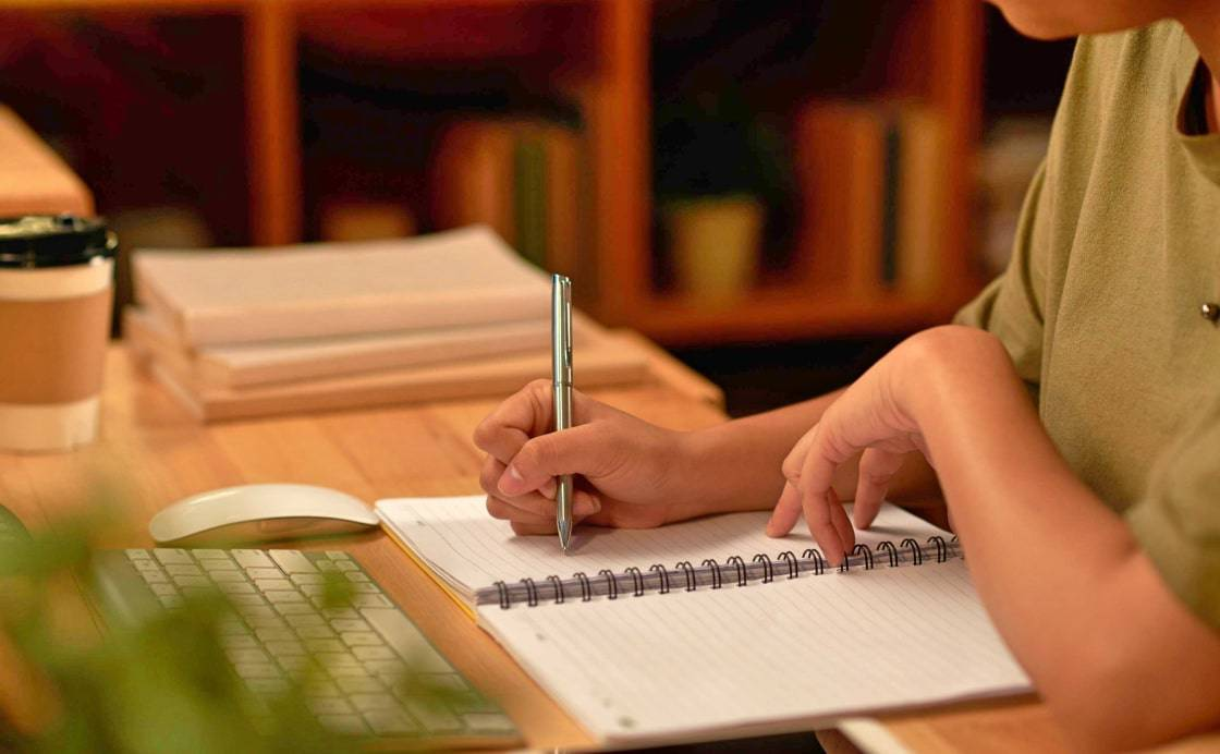 How To Compose A Brilliant Essay About Your Family